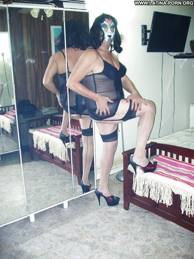 Gabriel Private Pics Lovers Nails Stockings Shemale Ethnic Hot