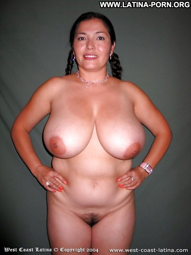 Sexy latina with huge bbobs