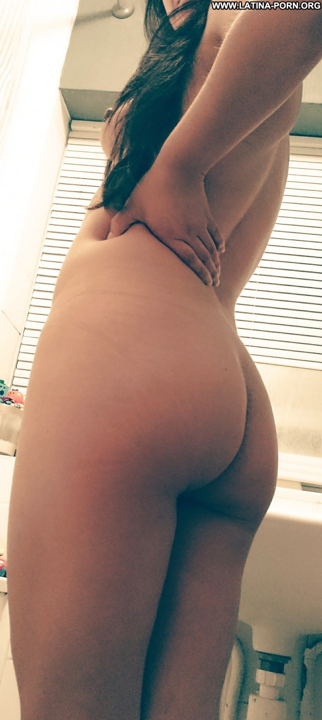Jenny Private Pictures Shower Naughty Wet Latina Brunette