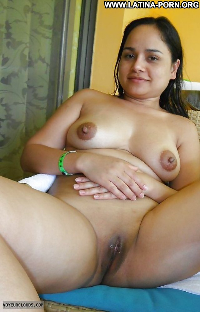 hot latina nude