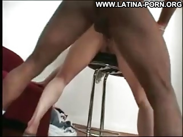 Ghislaine Video Brunette Sexy Close Up Deep Throats Hardcore