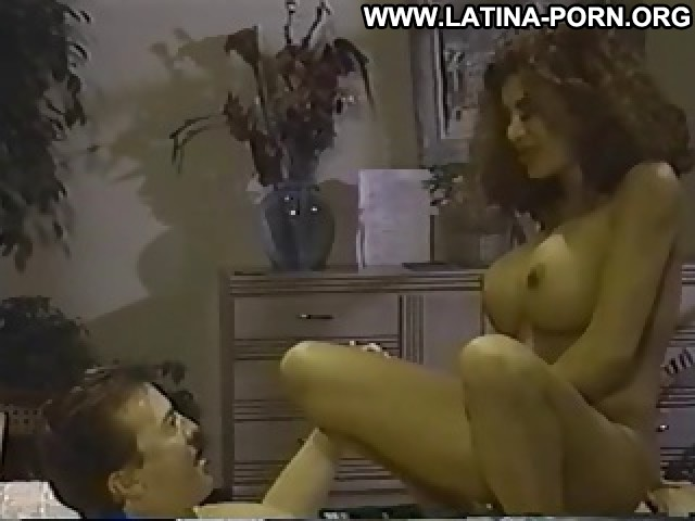Phylicia Video Latina Big Boobs Busty Vintage Porn Boobs Brunette Bed